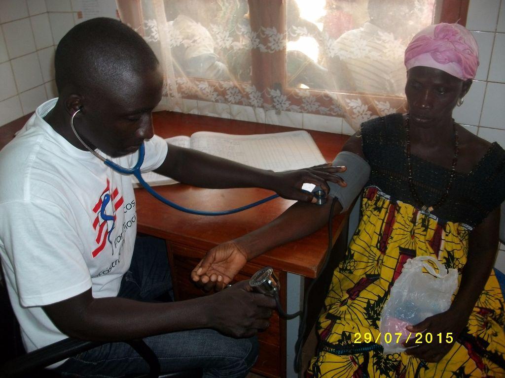 Apoio medico de emergência em Inguare-Guine Bissau