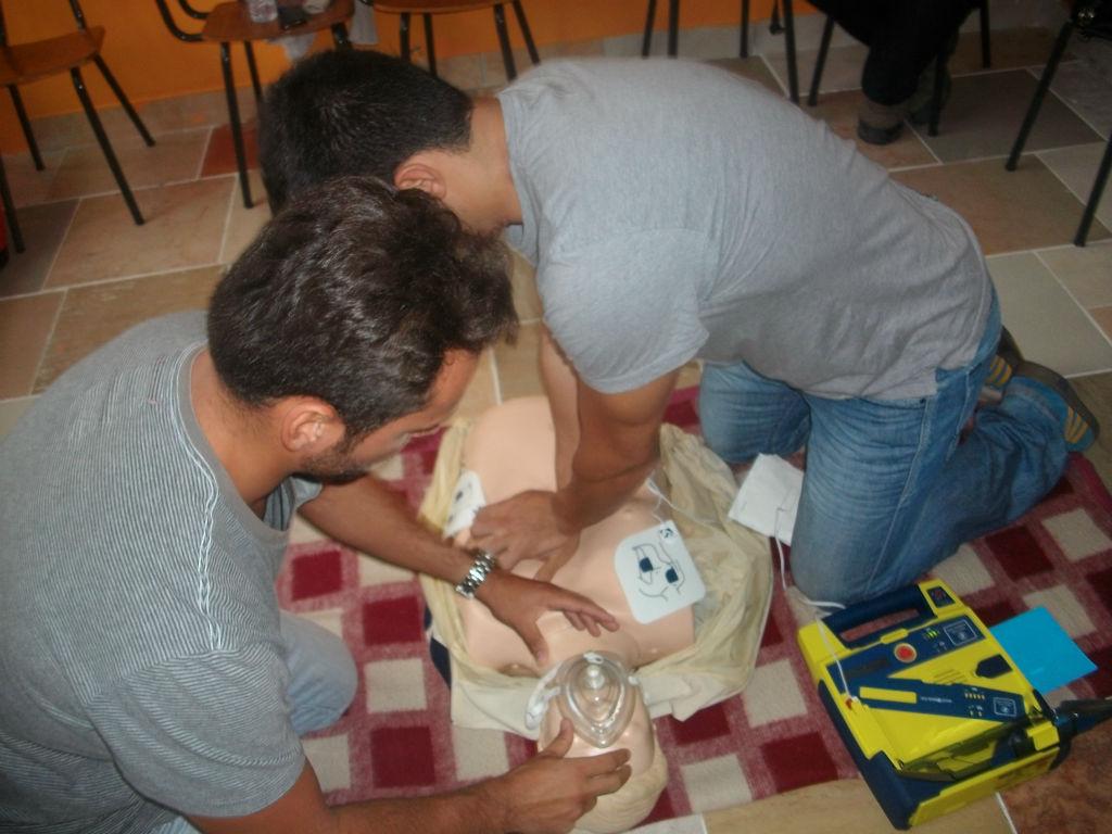 Curso de sbv para voluntários dos Paramédicos