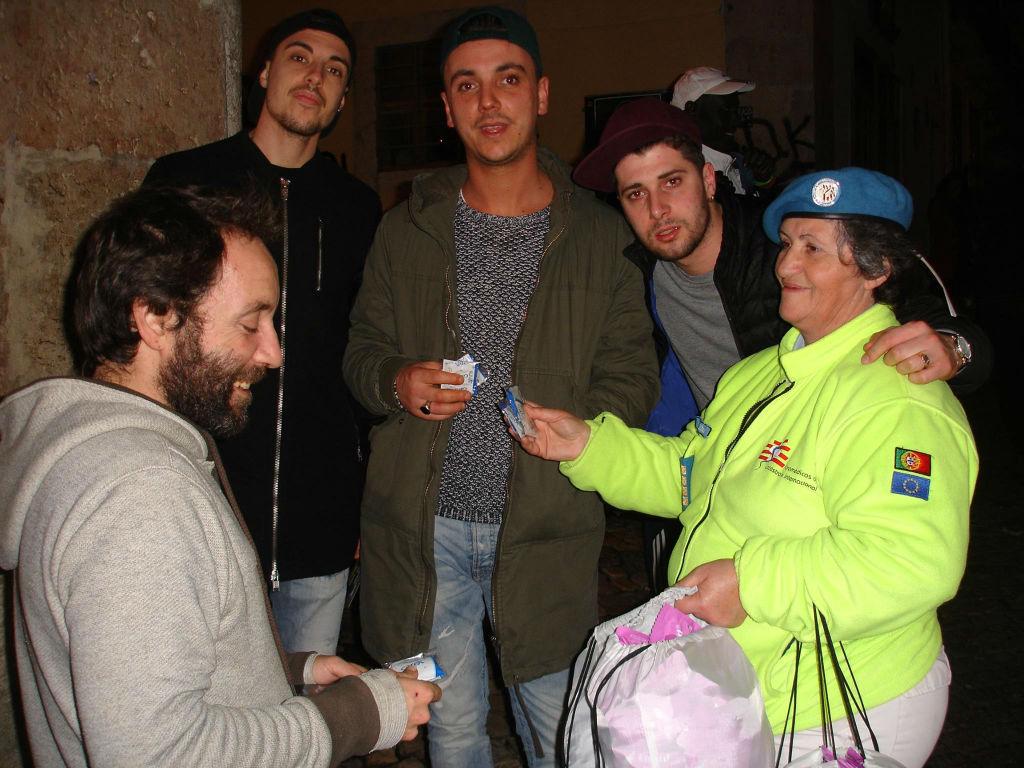 Destribuição de presrvativos em Lisboa no âmbito da Luta contra a SIDA