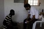 """"""" Ajuda Humanitária de Emergência Internacional"""""""